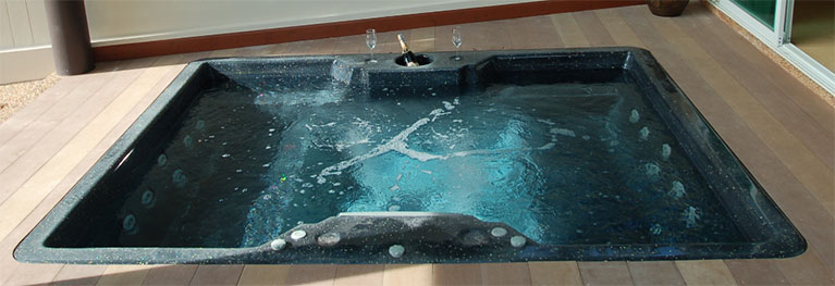 TWIN-SEAT-SPA-PLUNGE-POOL